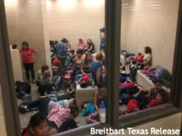 Jeh Johnson: Obama Administration Expanded Migrant Family Detention