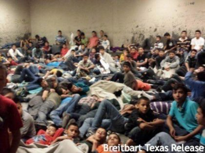 Leaked images show overcrowded cells used to warehouse Unaccompanied Alien Children in June 2014. (Image: U.S. Customs and Border Protection)
