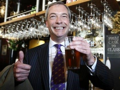Farage_Pint_reuters