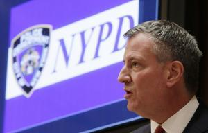 NYC Mayor de Blasio calls for calm after shootings