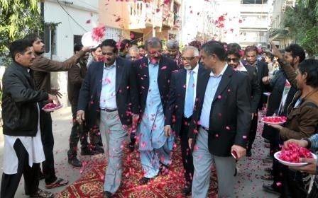 Amjad-Bashir-Flowers