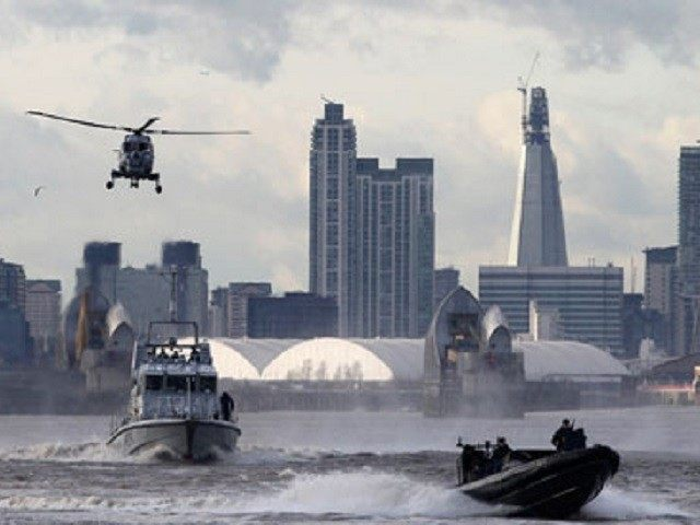 Armed-Forces-Thames