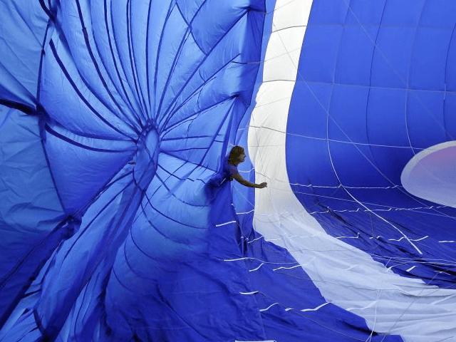 Hot Air Balloon (Mel Evans / Associated Press)