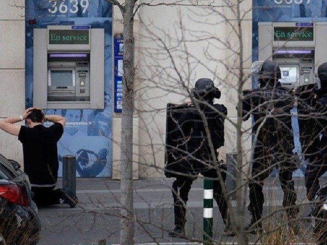 Man-Surrenders-Police