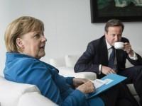Merkel_Cameron_AP