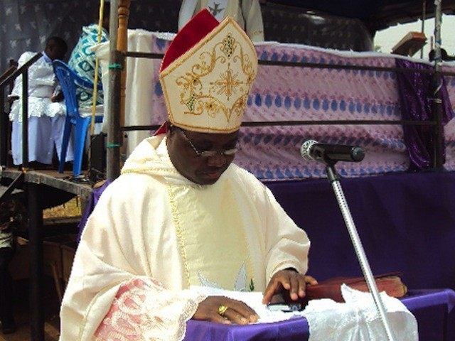 Nigeria, diocese of Jos 2010Mass of solidarity with victims of the January 17th and March 7th Jos ethno-religious crises - at St. Jarlath's Parish Church in Bukuru on March 19th: Archbishop Ignatius Ayau Kaigama delivering the sermon at the B