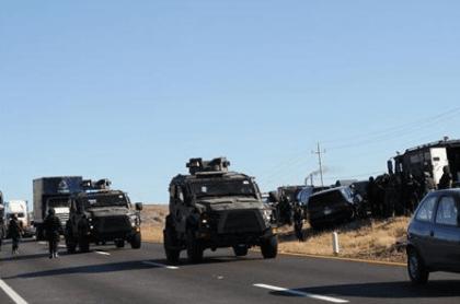 Mexican Police Convoy (Reuters)