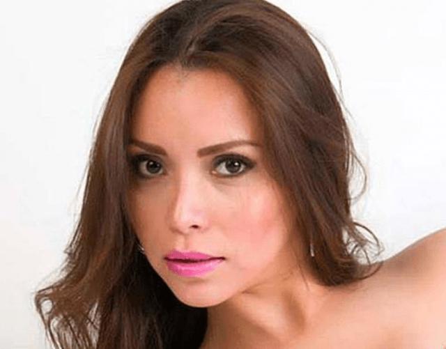 Carmen Yarira Esparza Noriega (Facebook)