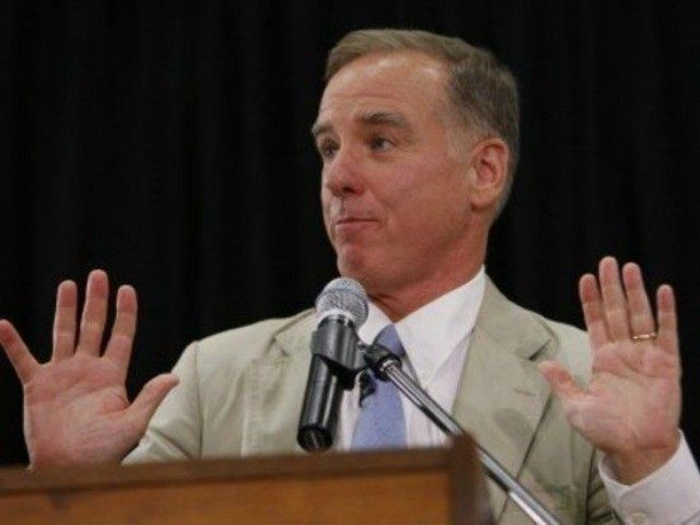 Howard Dean, hands up