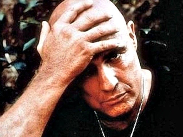 DAVI  Marlon Brando   s    Apocalypse Now    Terror WarningMarlon Brando Fat Apocalypse Now