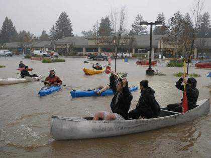 California Storm Flood Dec. 2014 (Associated Press)