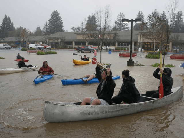 California Storm Flood Dec. 2014 (Associated Press)