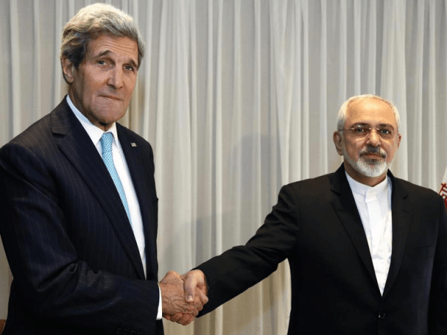 Kerry, Zarif (Reuters)
