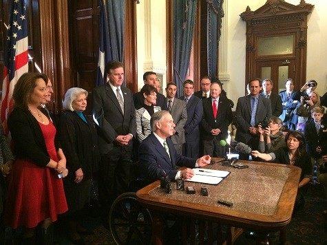 Greg Abbott signs Chris Kyle Day proclamation