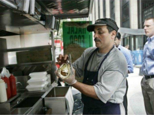 new-york-street-vendor-AP