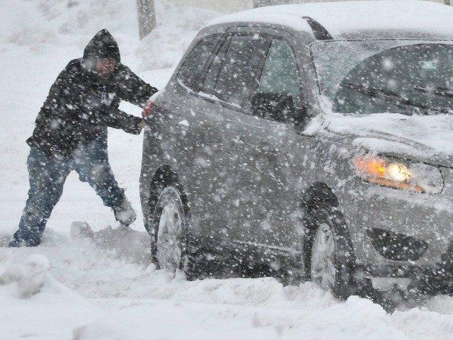 snow-storm-AP