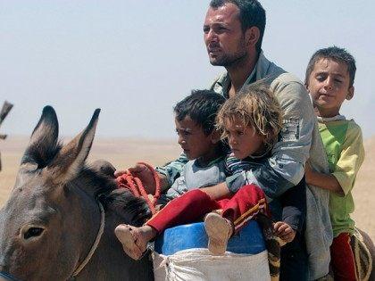 yazidi-refugees-flee-iraq-reuters