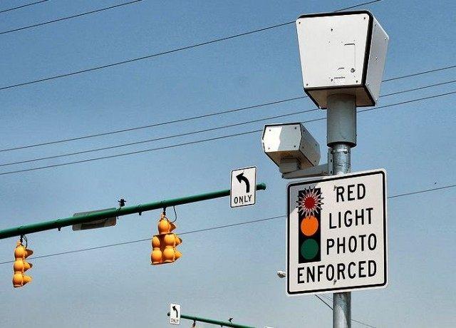 703px-Red-light-camera-springfield-ohio
