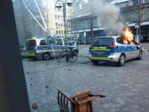 Frankfurt_Car_Burning