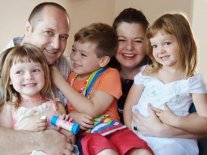 Happy Family Children Wikimedia