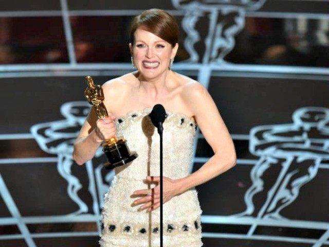 Julianne Moore Oscars ABC
