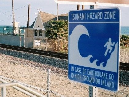 Tsunami Zone (Charles Wagner / Flickr / Cropped)