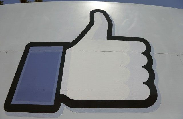 Facebook Hesitates, Then Removes Islamic State Page for Violating Community Standards