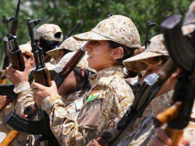 elite-female-kurd-soldiers-AP