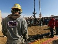 California Fracking Boom Set to Lift U.S. Production to New Record