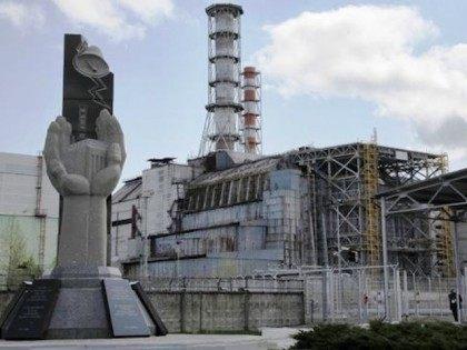 19629568-UKRAINE-CHERNOBYL-04_26_2012