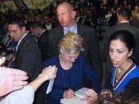 Hillary in California (Travis Wise / Flickr / CC)