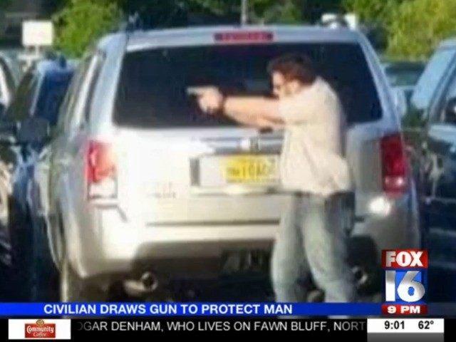 VIDEO Kroger Customer Draws Gun Intervenes To Protect Elderly - Kroger in little rock