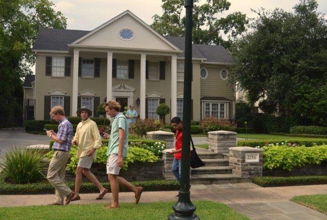 River Oaks Home