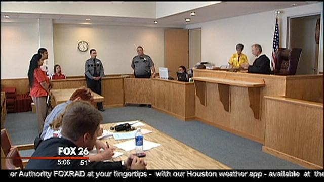 Truancy Court - Fox 26 screenshot