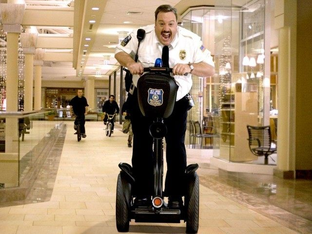paul_blart_mall_cop02