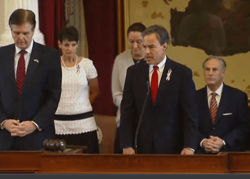 Texas House Speaker Joe Straus offers prayer for fallen veterans at Capitol Memorial Day Service. Photo: Texas House Video Screenshot