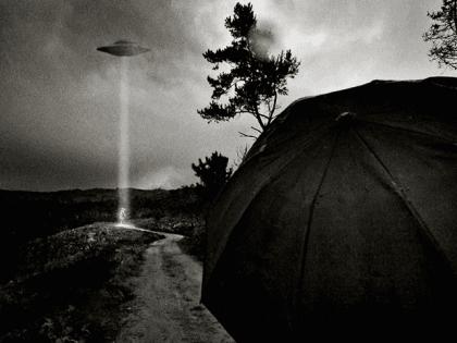 Alien Abduction (Paulo Alegria / Flickr / CC / Cropped)