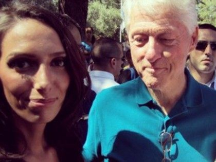 Bill-Clinton-Selfie-Now-With-More-Cleavage