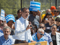 Eric Garcetti Raise the Wage (Eric Garcetti / Flickr / CC / Cropped)