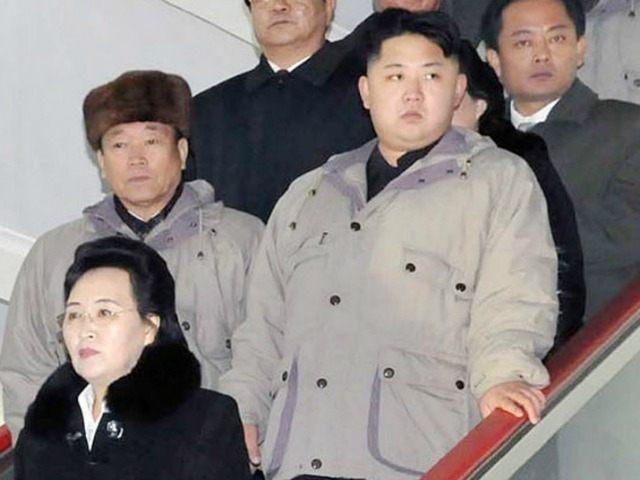 Kim-Jong-un-and-aunt-Kim-Kyong-hui-ap