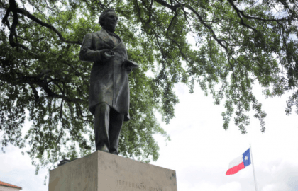 Jefferson Davis Statue at UT