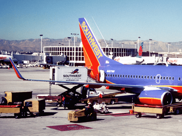 Southwest Baggage (Aero Icarus / Flickr / CC / Cropped)