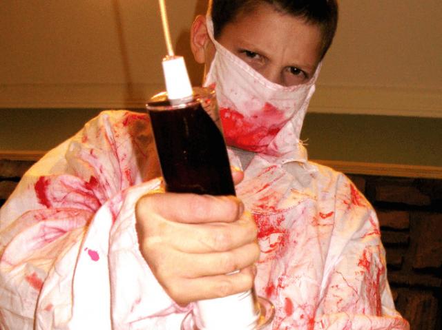 Vaccine Syringe (OakleyOriginals / Flickr / CC / Cropped)