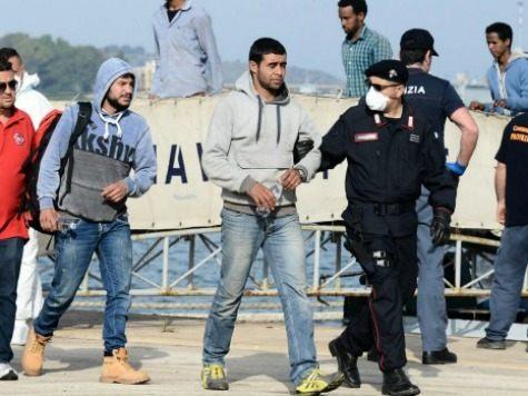Tunisian-migrants-disembark-in-Sicily-afp