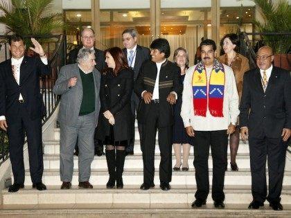 UNASUR respalda a Presidente Evo Morales