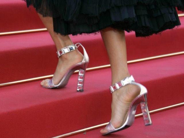 high-heels-AFP