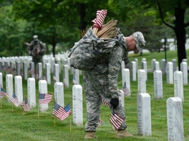 memorial-day-arlington-AP