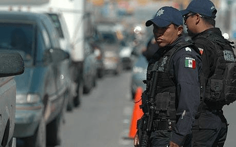 how to become a police officer in mexico