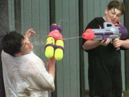 water-gun-AP