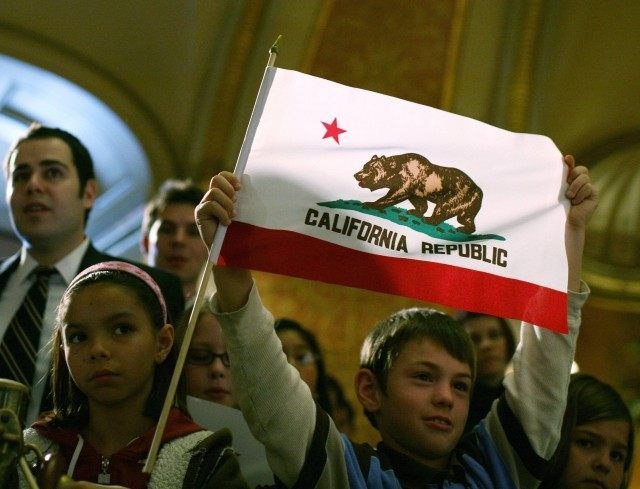 California flag (Justin Sullivan / Getty)